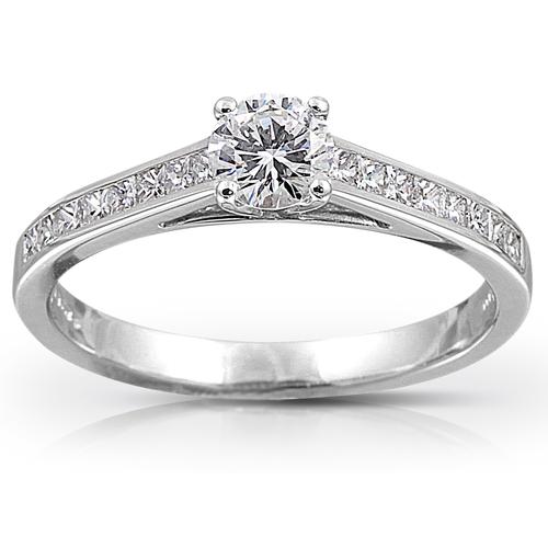 Platinum Diamond Solitaire with Diamond Set Shoulderd 01-21-087
