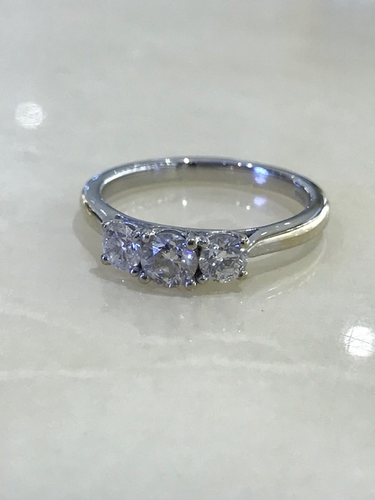 3 Stone Diamond Ring - SBJ1226